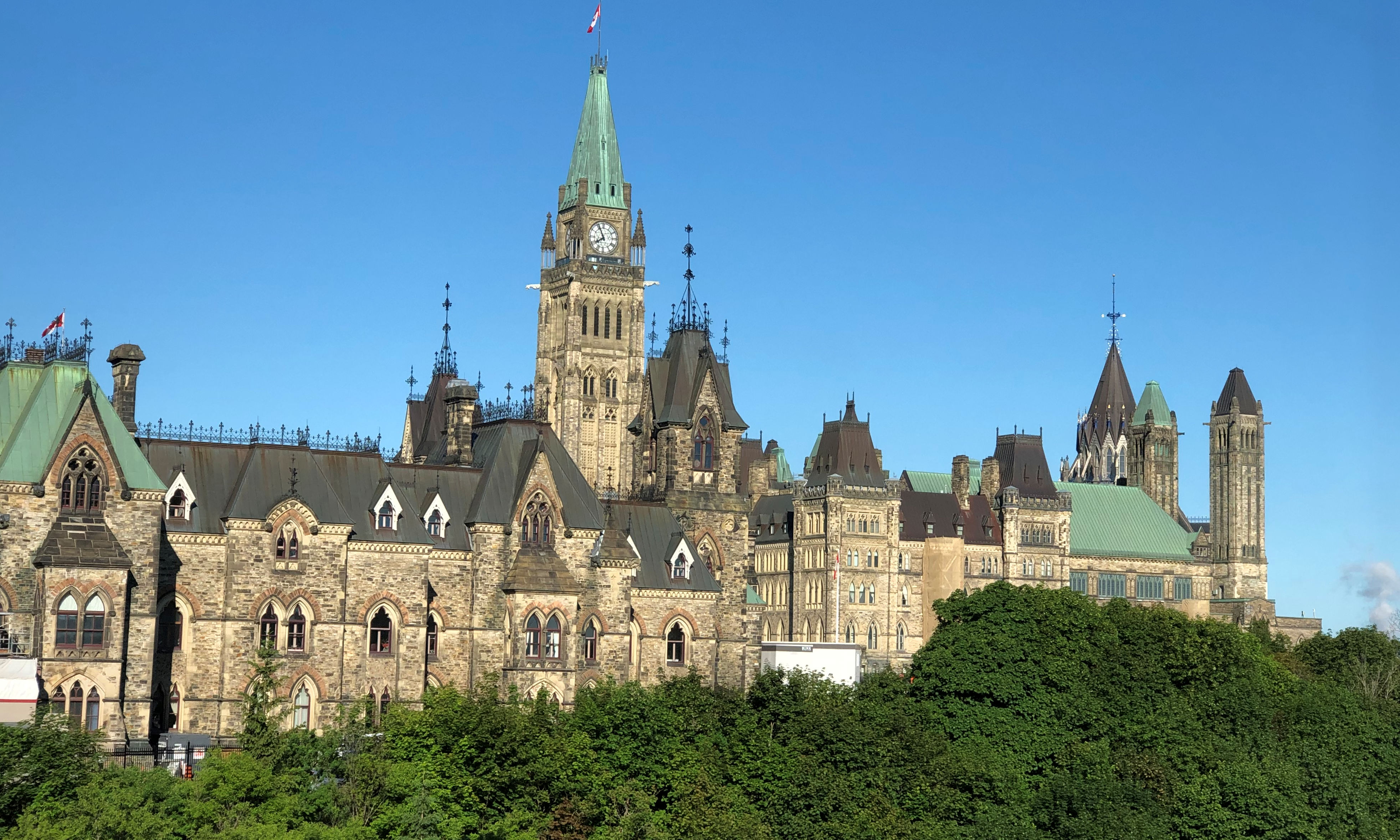 19-06-22_Parlament